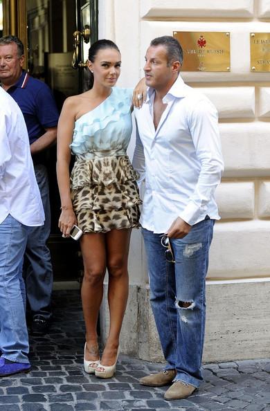 Tamara Ecclestone e o namorado Omar Khyami