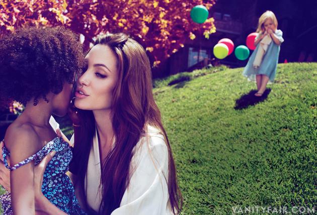 Angelina com as filhas Zahara e Shiloh